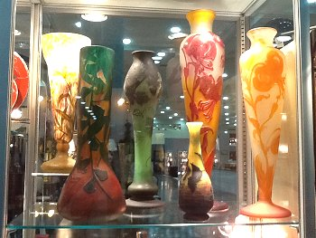 LR Antiques Art Glass