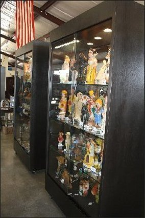 Display cases for rent - let us sell for you