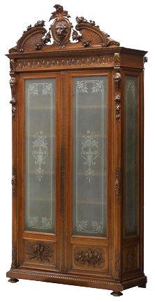 Traditional, elegant oak furniture